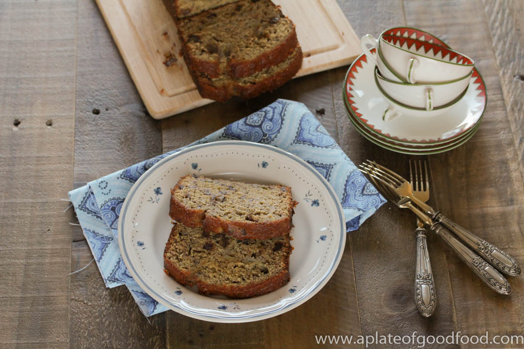 banana bread with dates